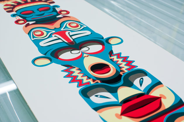 totem pole close-up2